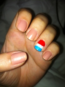 Dutch flag accent nail